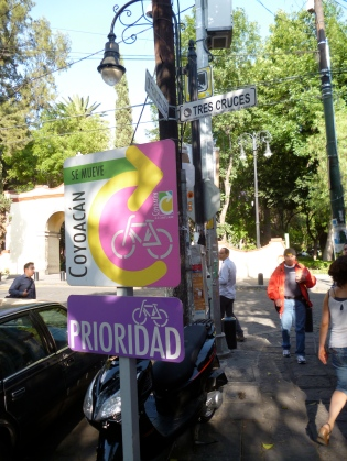 Bikes have the right of way in Coyoacan (but watch yourself, it's not Amsterdam)